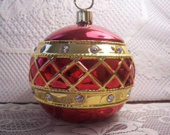 Christmas Ornament Covered Candy Dish