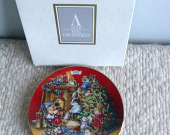 Avon Christmas Plate 1992