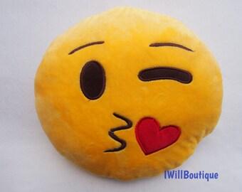 """Emoji Kissy Face Plush Pillow 10"""" Emojis Kisses"""