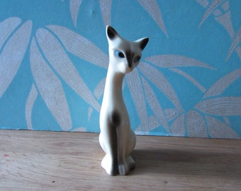 1960s Napcoware-style tall sitting porcelain Siamese cat figurine