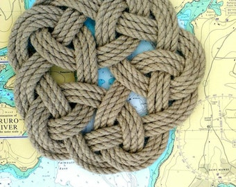 Rope Table Mat, Kringle Knot, Nautical Mat, Rustic Home or Coastal Decor