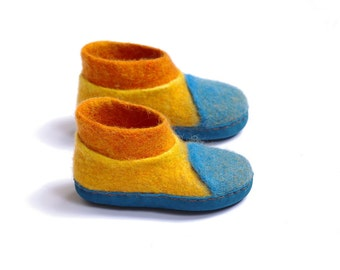 Wool boots for baby-warm kids shoes-colored wool boots-children feet warmers-funny felted boot-eco lover slippers-boiled kids boots-cute