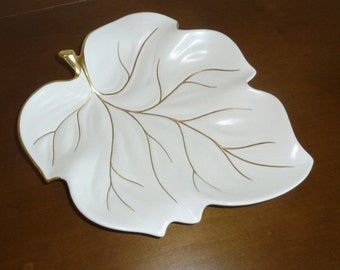 Vintage CARLTON WARE Leaf Plate Cream Gold Ceramic Serving Plate Bowl Hand Painted Made in England Mid Century Fall Home Decor Candy Dish