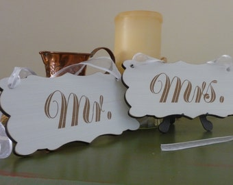 Wedding Chair Signs, Mr and Mrs Wedding Sign, Shabby Chic Wedding Sign, Wooden Chair Sign, Wedding Decor, Photo Prop