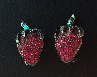 Vintage rhinestone strawberry earrings