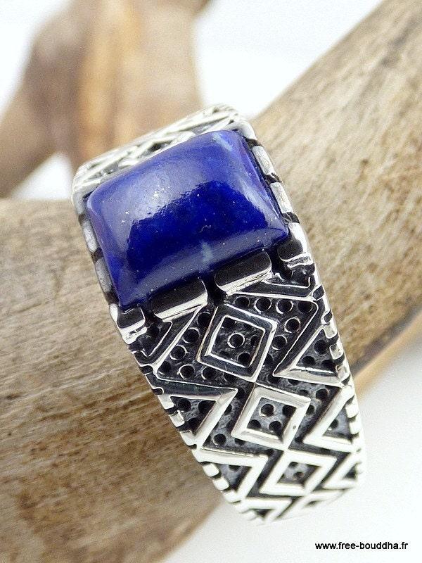 bague homme lapis lazuli bijoux lapis lazuli bijou pierre. Black Bedroom Furniture Sets. Home Design Ideas