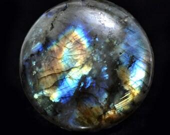Labradorite cabochon, no. 201, 117.6 carat