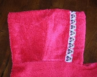 Minnie Mouse Hooded Towel, Pink - For babies, toddlers, preschoolers and beyond!