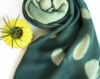 Green scarf, Hunter green scarf, olive green scarf, shibori scarf, ombre scarf, wool scarf, handmade scarf, Gift for her, silk and wool