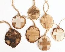Branch slice solid wood cross gift accessories/tags | Wooden cross ornaments | rustic wedding christening confirmation favors | religious