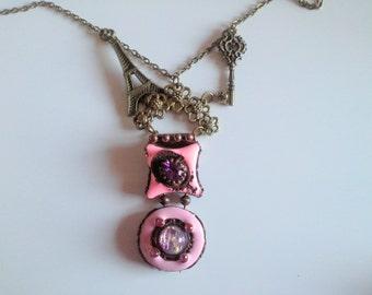 vintage pink ...paris/St pendant. Tropez