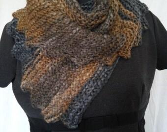 Wool scarf handmade