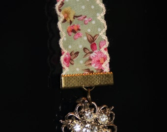 Vintage Broach Bookmark