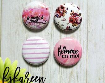 "Badge 1 ""- woman"