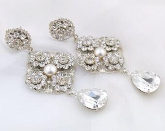 Crystal pearl wedding earrings - chandelier bridal earrings - crystal drop wedding earrings - pearl and crystal earrings - Sabelle earrings