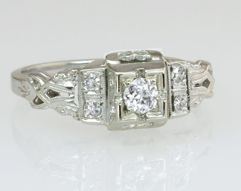 Antique Vintage Art Deco .17ct Genuine Diamond 18K White Gold Engagement Ring 2.4g