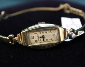 1920s Ladies Bulova 17 Jewels Wrist Watch 10k gold plate RARE
