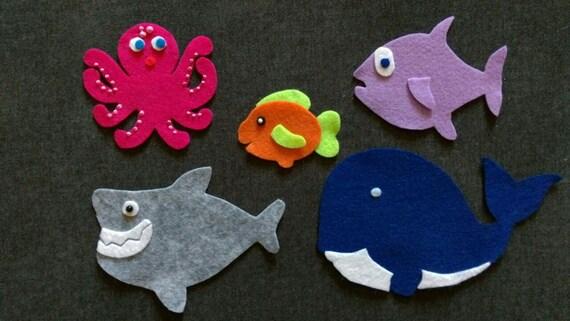 Slippery fish felt set flannel board set preschool for Fish songs for preschoolers