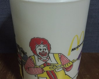 Vintage Plastic Cup McDonald's cup McDonald's Corporation 1987 from Japan