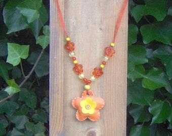 "Chain: ""flower orange/yellow"""