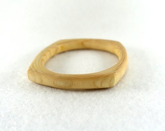 Simple wooden bracelet, square in ash wood