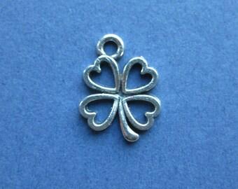 10 Four Leaf Clover Charms - Four Leaf Clover Pendants - Clover Charms - Antique Silver - 17mm x 13mm -- (B8-10148)