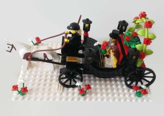 horse and carriage wedding cake topper lego wedding cake topper and carriage customised to 15313