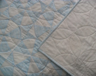 Blue Baby Quilt, Baby Boy Quilt, Blue and white  Baby Quilt, Quilt Blue White, Baby blanket