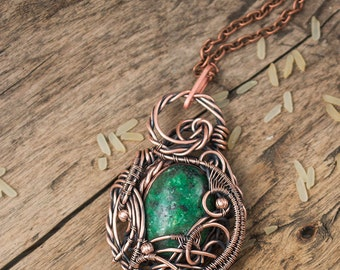 Wire wrapped pendant with  green serpentine - Copper pendant - Wire wrap jewelry - Pendant - Neclace - Ideas for gift - Gift for her