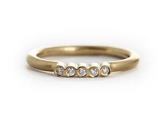 Simple Diamond Ring – 5 Diamond 14K Yellow Gold Engagement Ring