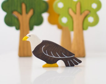 Wooden Eagle Toy Animal Bird Figurine Woodland play set for kids Wooden toy Waldorf nature table Eco Friendly Learning toy