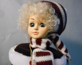 Brinn's Collectors Edition 1988 Rotating Miss January Doll Auld Lang Syne Ice Skating Doll Blonde