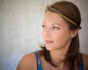 Headband crocheted Golden links - handmade.