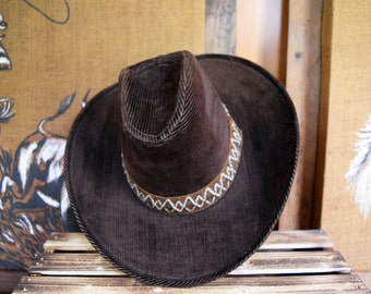 Vintage 70s Size 7 M <> Dark Brown Corduroy Cowboy Hat with Woven Band High Crown