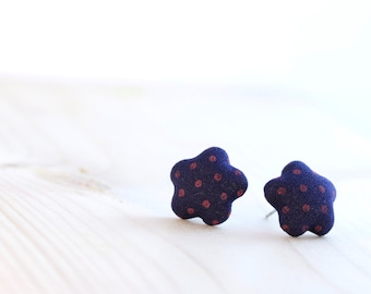 ON SALE ~ Flower stud earring ~ Navy blue earrings ~ Dark blue earrings ~ Fabric button earrings ~ Dark blue stud earrings ~ Blue jewelry