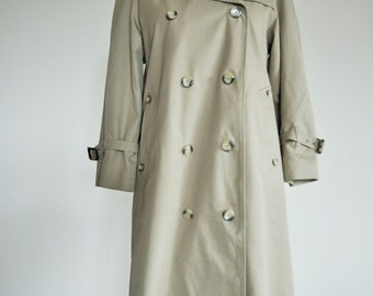 Vintage Trench Coat / Classic / Raincoat / Beige / Camel Outwear / 1980s / Long / Medium / Check inside / Westbury