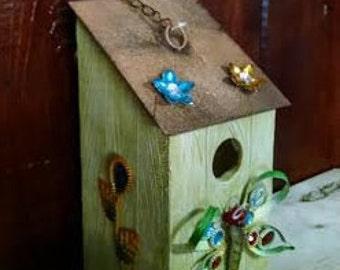 1 Green Backyard Bling - Birdhouse