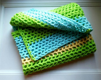 Baby blanket, crocheted, soft and warm, baby boy, baby girl, baby shower gift