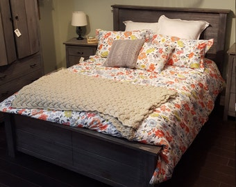 Pine Bed Frame (Queen)