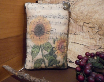 Pillow Tuck: Primitive Rustic Americana Sunflower Pillow Tuck.
