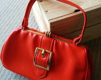 Vintage 1980s red vinyl buckled gold metal clasp shoulder bag Australia
