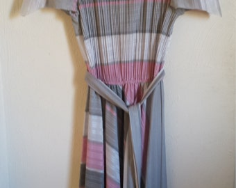 Pink and Gray Casual Vintage Dress