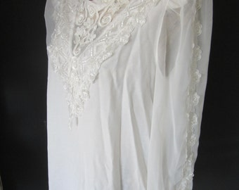 70s/80s Vintage Romantic White Blouse with Crochet Lace Top and Lace Sleeves
