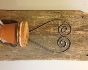 Reclaimed barn wood pot/candle holder