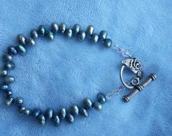 Teal Freshwater Pearl Bracelet