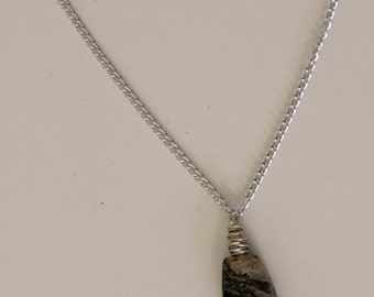 Stone Pendant Necklace in grey