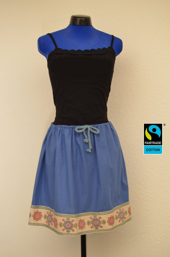 fairtrade skirt blue with flower trim