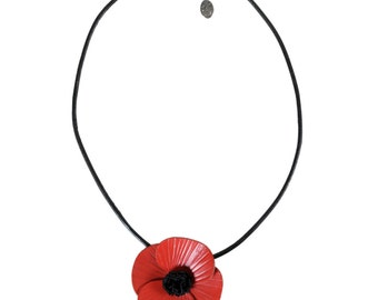 Flower poppy leather full-grain cowhide and leather cord necklace