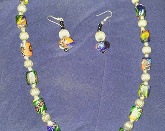 Vintage Venetian glass bead necklace and earrings