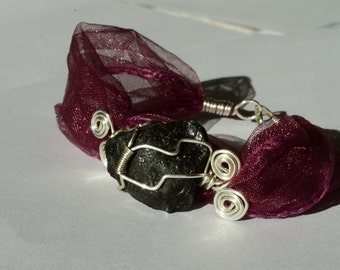 Handmade TEKTITE healing HAND chain